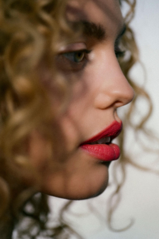 Rouge à lèvres HELENE