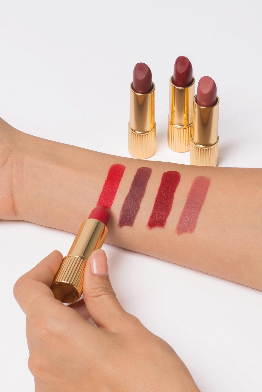 Lipstick LAMIA